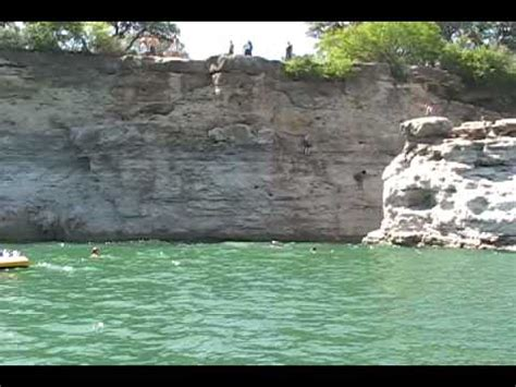 Cliff Jumping at Pace Bend Park on Lake Travis - Boat View ...