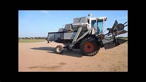 1977 Gleaner M2 Combine For Sale