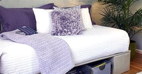 turn  twin bed   couch perfect  spare room