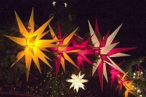 Stern Beleuchtet Weihnachten : herrnhuter stern wikipedia ~ Markanthonyermac.com Haus und Dekorationen