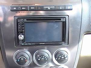 Service Manual  2007 Hummer H3 Radio Replacement