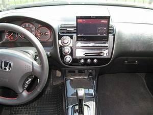 2003 Honda Civic Coupe Interior