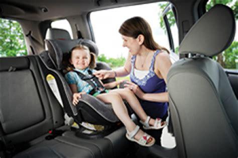 siege auto vers l avant sièges d 39 appoint et sièges d 39 auto pour enfant prévention