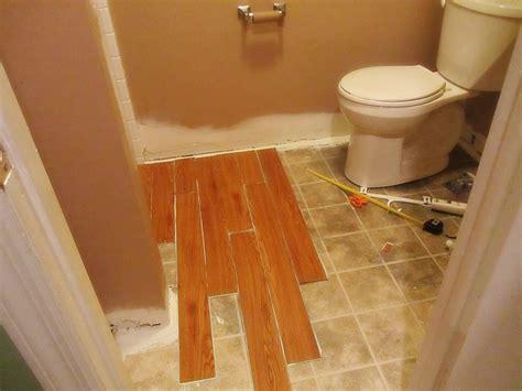 installing vinyl wood plank flooring in small spaces