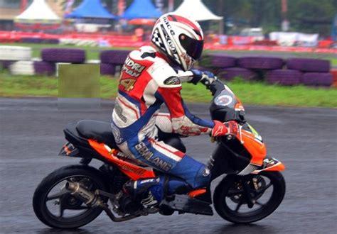 Beat Road Race by Kumpulan Gambar Modifikasi Honda Beat Ala Road Race