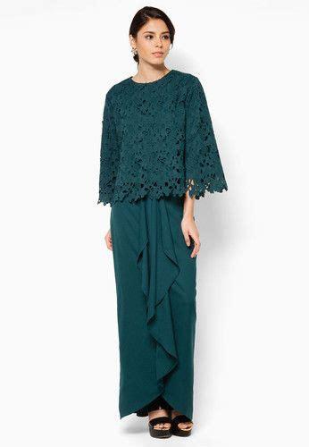 aria hanna baju kurung beautiful crochet overlay graces