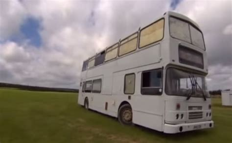couple build debt  double decker bus home