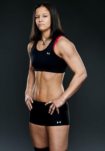 Shayna Baszler Height Weight Bra Size Body Measurements ...