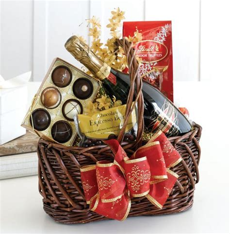 Top Romantic Christmas Gift Ideas For Your Someone Special