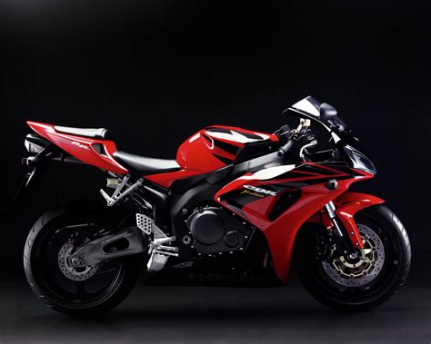 honda gbr honda cbr1000rr freebikereviews