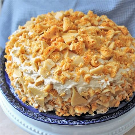 Martha gjorde detta recept på martha bakes avsnitt 710. Blum's Coffee Crunch (#cakeslicebakers) - My Recipe Reviews