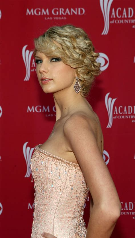 42nd Academy of Country Music Awards - taylorweb09hq ...