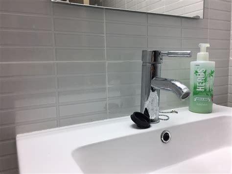 consejos bano como limpiar las juntas del cuarto de bano