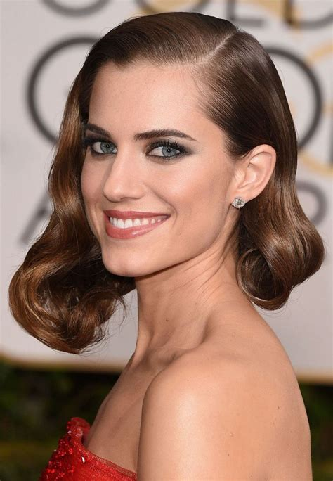 Evening hairstyle 2020 inspired by stars who dazzle on the