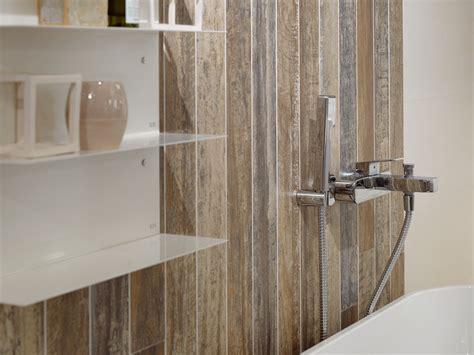 carrelage salle de bain mur carrelage mur salle de bain aspect bois