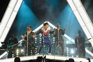 Bruno Mars Headlines Prince Tribute At The Grammy Awards
