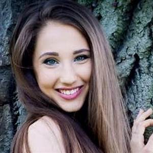 Natálie Grossová - YouTube