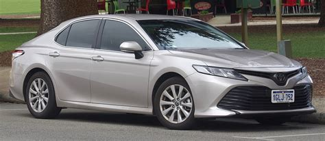 Camry hybrid offers a cleaner drive without sacrificing power or style. Toyota Camry - Wikipedia, la enciclopedia libre
