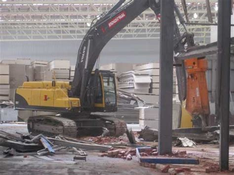 remove dismantle redundant plant equipment