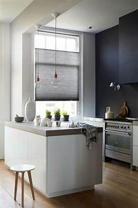 la cuisine equipee avec ilot central 66 idees en photos With plafonnier pour salle a manger pour petite cuisine Équipée