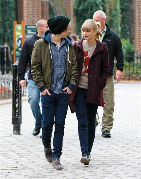 Pictures of Taylor Swift and rumoured new boyfriend Harry ...