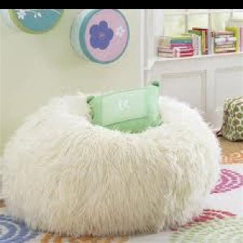 fuzzy bean bag chair bedroom ideas