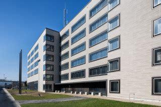 Fliesen Und Plattenzahnarztpraxis Clinica T In Lissabon by B 252 Rogeb 228 Ude Steckelh 246 Rn 11 In Hamburg Fliesen Und