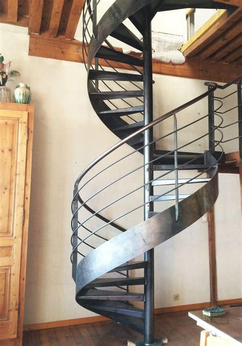 fabricant escaliers m 233 talliques design sur mesure pr 232 s de
