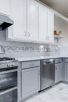 how to replace kitchen backsplash this backsplash daltile putty 3 x 6 gloss subway 7345