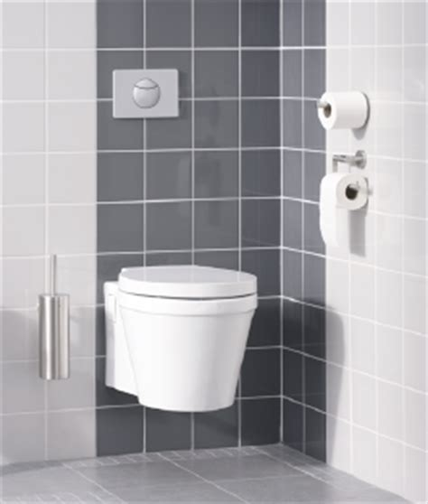 hangend toilet afwerken wandcloset met inbouwreservoir plaatsen karwei