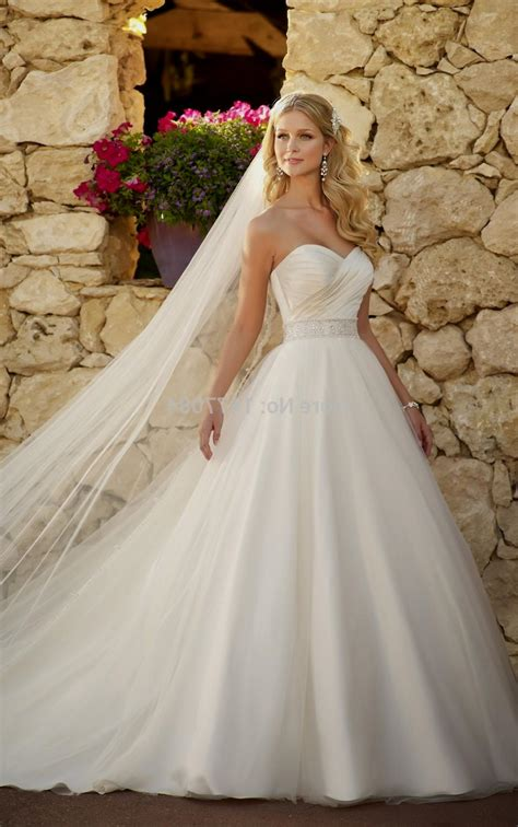 Ball Gown Wedding Dresses With Sweetheart Neckline And. Simple And Modern Wedding Dresses. Alternative Casual Wedding Dresses. Chiffon Wedding Dresses Nz. Disney Wedding Dresses Edmonton. Red Wedding Dress Superstition. Wedding Dress With Ruffle Skirt. Tulle Wedding Dress Boho. Gold Evening Dresses Wedding