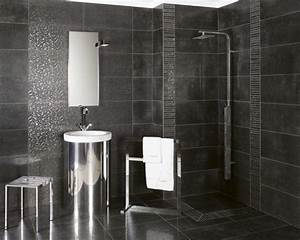 carrelage salle de bains 34 idees avec la belle mosaique With carrelage salle de bain noir brillant