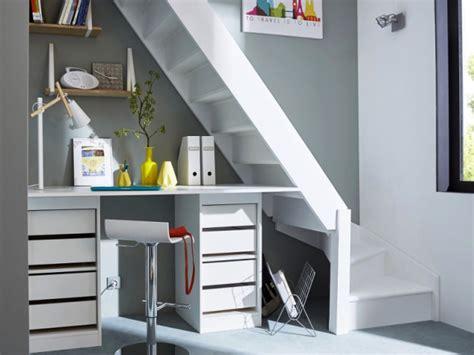 am駭agement bureau sous escalier rangements et aménagements sous l 39 escalier 15 exemples malins