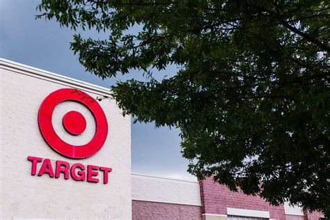 Amazon prime credit card credit score. Grocery Showdown: Target REDcard vs. Amazon Prime at Whole Foods | Whole food recipes, Grocery, Food