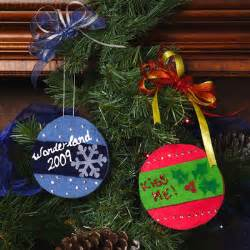 12 kids christmas crafts ornaments gifts and decor 3 new projects favecrafts com