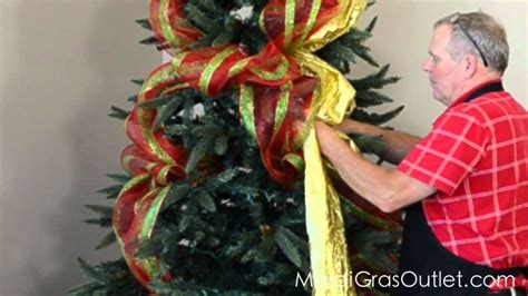 decorating a christmas tree with mesh netting how to decorate a tree with deco poly mesh
