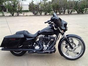 black street glide harley bagger-750x750 | Pickard USA