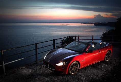 maserati night wallpaper maserati grancabrio sport maserati night car