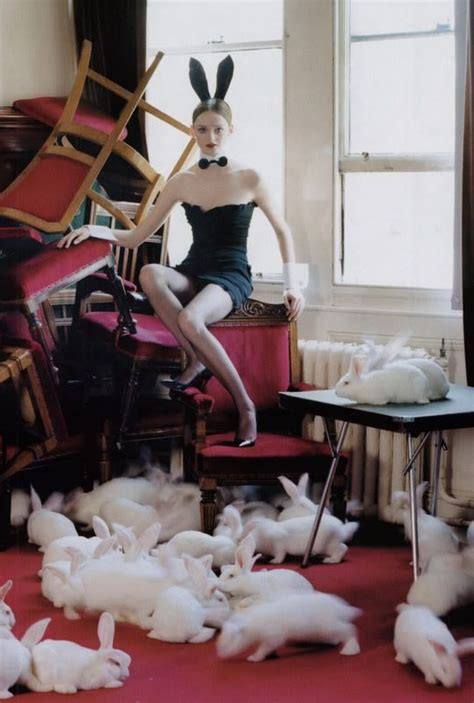 'lisa Cant And 80 White Rabbits' Photo Tim Walker