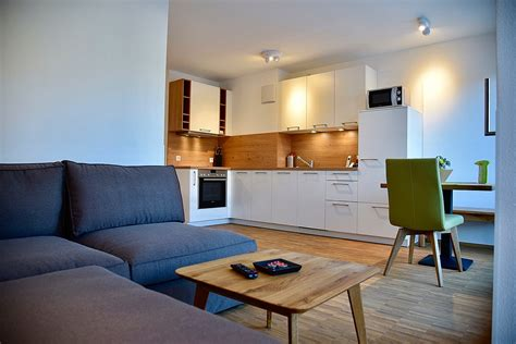 Virtually tour a variety of one bedroom apartments to figure out which layout aligns with your living needs. Serviced 1-Bedroom Apartments Stuttgart Downtown - Apt. 67101