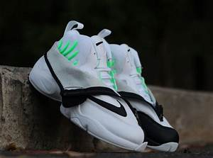Nike Air Zoom Flight The Glove - White - Black - Poison ...