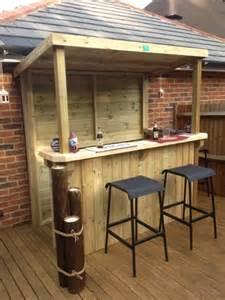 Holz überdachung Garten : garten bar selber bauen freshouse ~ Whattoseeinmadrid.com Haus und Dekorationen
