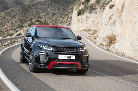 Land Rover Range Rover Evoque Backgrounds by Range Rover Evoque 2017 Wallpapers Images Photos Pictures