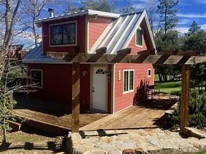 Little Red Cabin with a Metal Roof in Julian, California