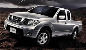 Nissan Navara King Cab : tan chong introduces the nissan navara 4x4 king cab ~ Medecine-chirurgie-esthetiques.com Avis de Voitures