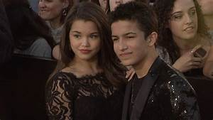 Aramis Paris : paris maryjo berelc and aramis knight divergent world premiere mightymed arrivals youtube ~ Gottalentnigeria.com Avis de Voitures