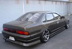 Nissan Cefiro A31 Or Honda Vti 99 Model