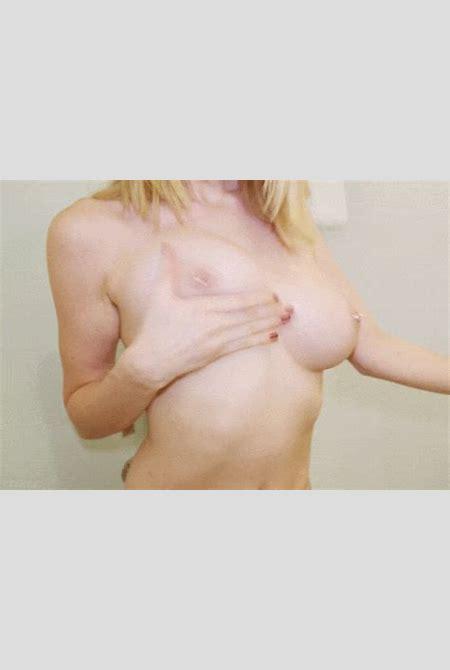 beautiful blonde with big bouncy boobs « Gif « public « JuicyGif.com
