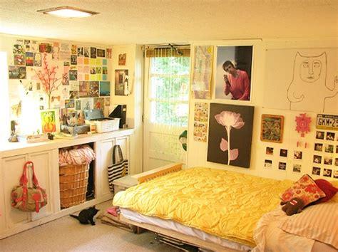 images  dorm room design  pinterest dorm