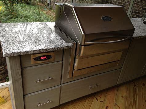 wood   outdoor kitchen fireside